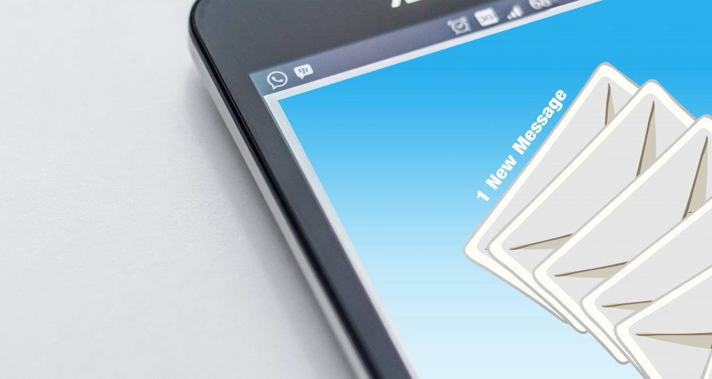 unread email on mobile phone